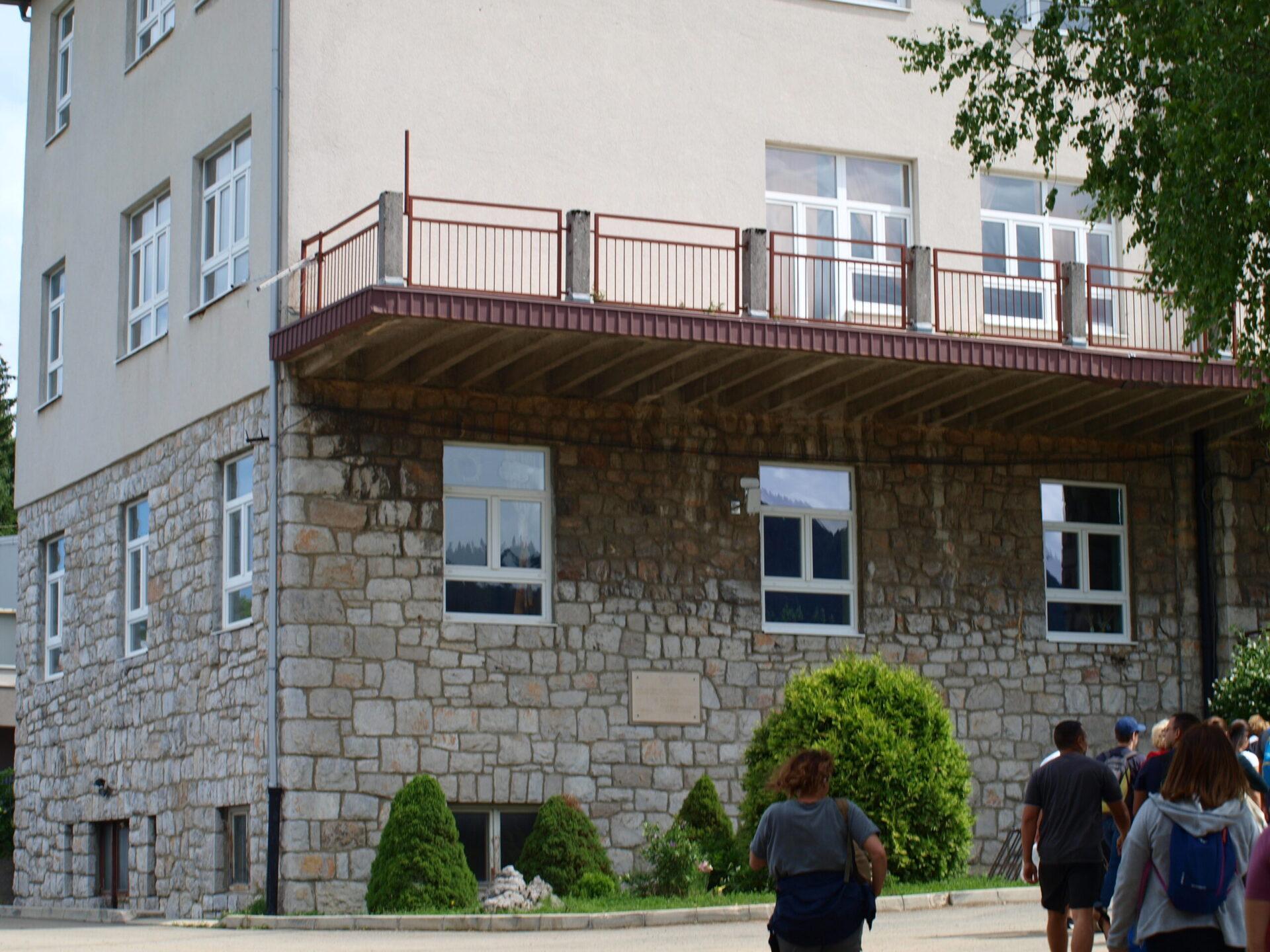 Ravna Gora - Osnovna škola