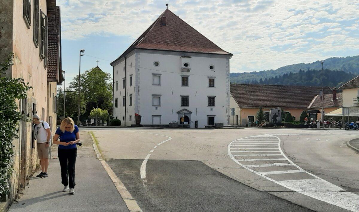 Kastel Zrinski