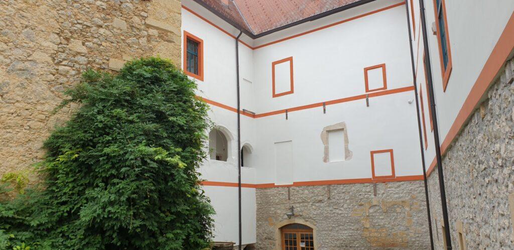 Dvorac Stari grad Ozalj